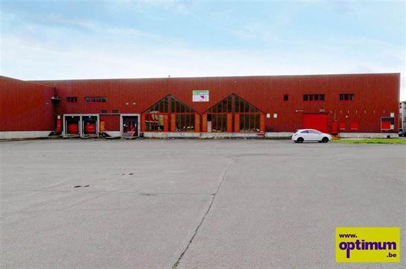 Immeuble industriel à VIVEGNIS